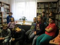 Také starší školáci zavítali do  knihovny!