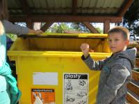 kontejnery nad poštou