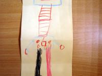 překládáním a posíláním  papíru jsme tvořili R jako roboty